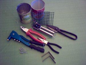 Werkzeug und Teile
