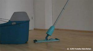Verwenden Sie für die Pflege keine seifenhaltige Reiniger!