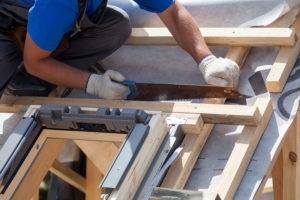 Relativ Dachfenster erneuern – Wieviel kostet der Dachfenster Einbau? SU98